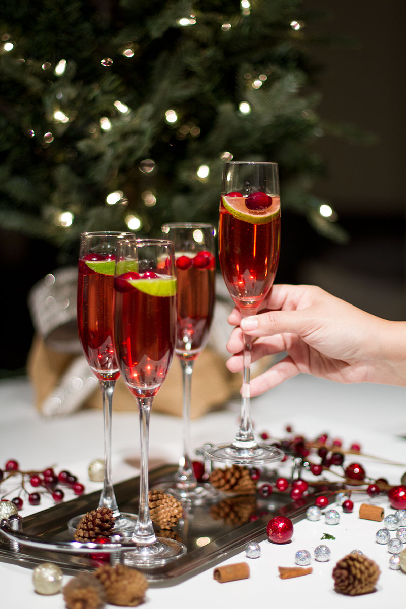 Christmas Cocktails: Cranberry Champagne Cocktail - By Lynny