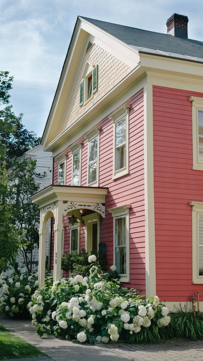 Charming Cooperstown NY Homes