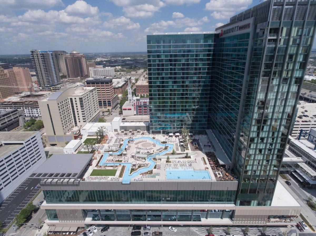 Houston Marriott Texas Pool