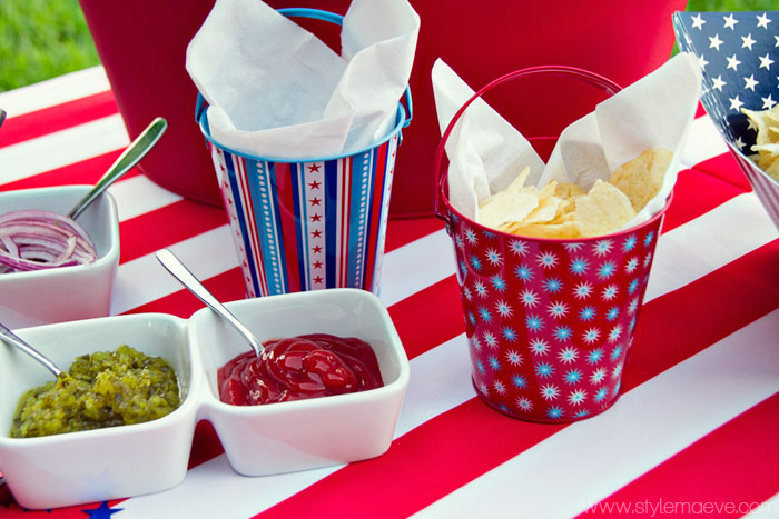 4th of July table setting