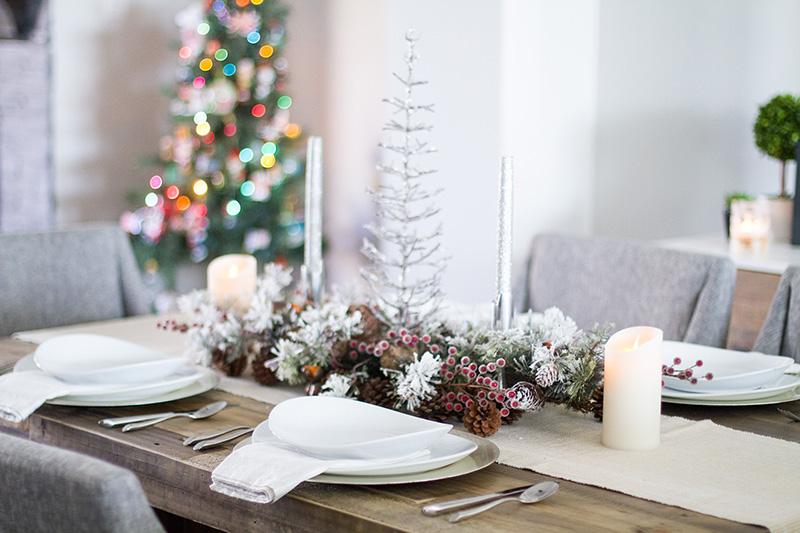 Christmas table decor - Rustic Christmas Table Decor