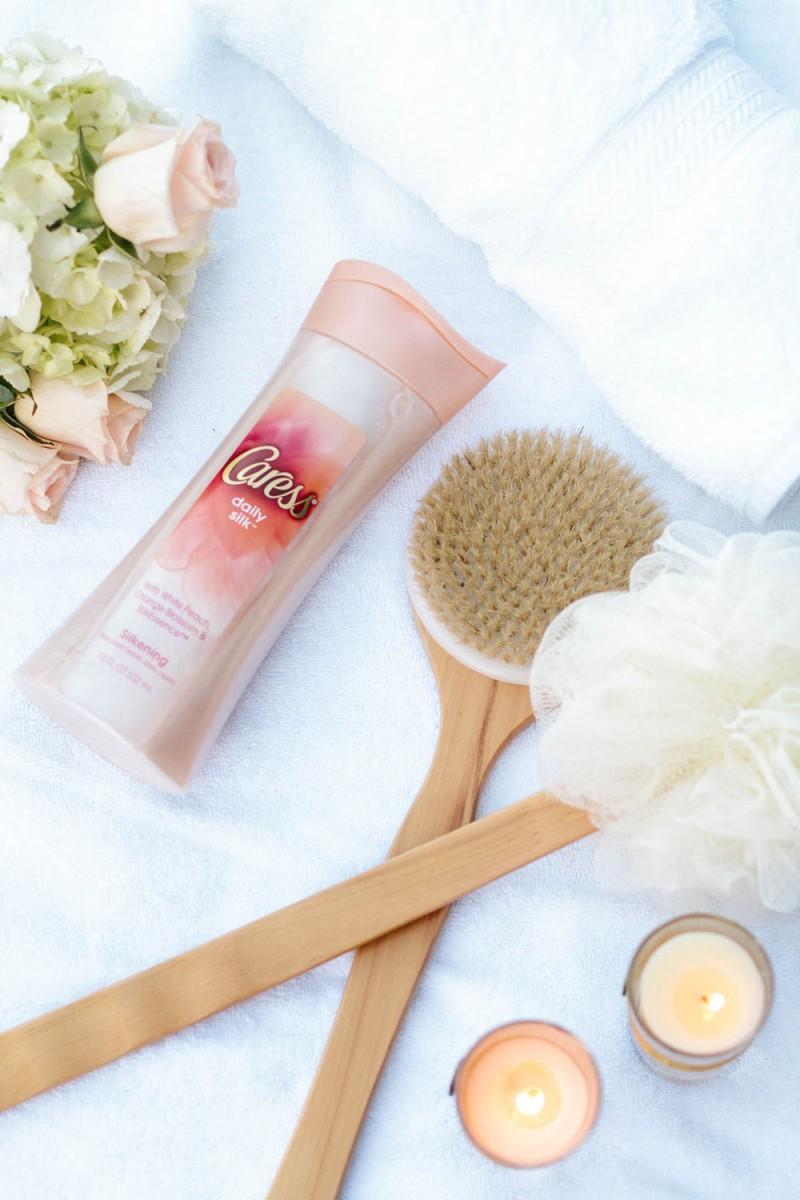 Caress Daily Silk Body Wash