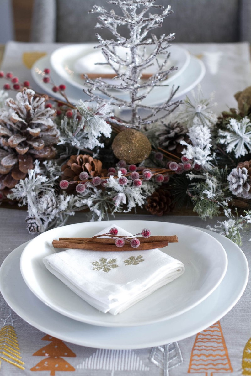 Christmas Plate Setting