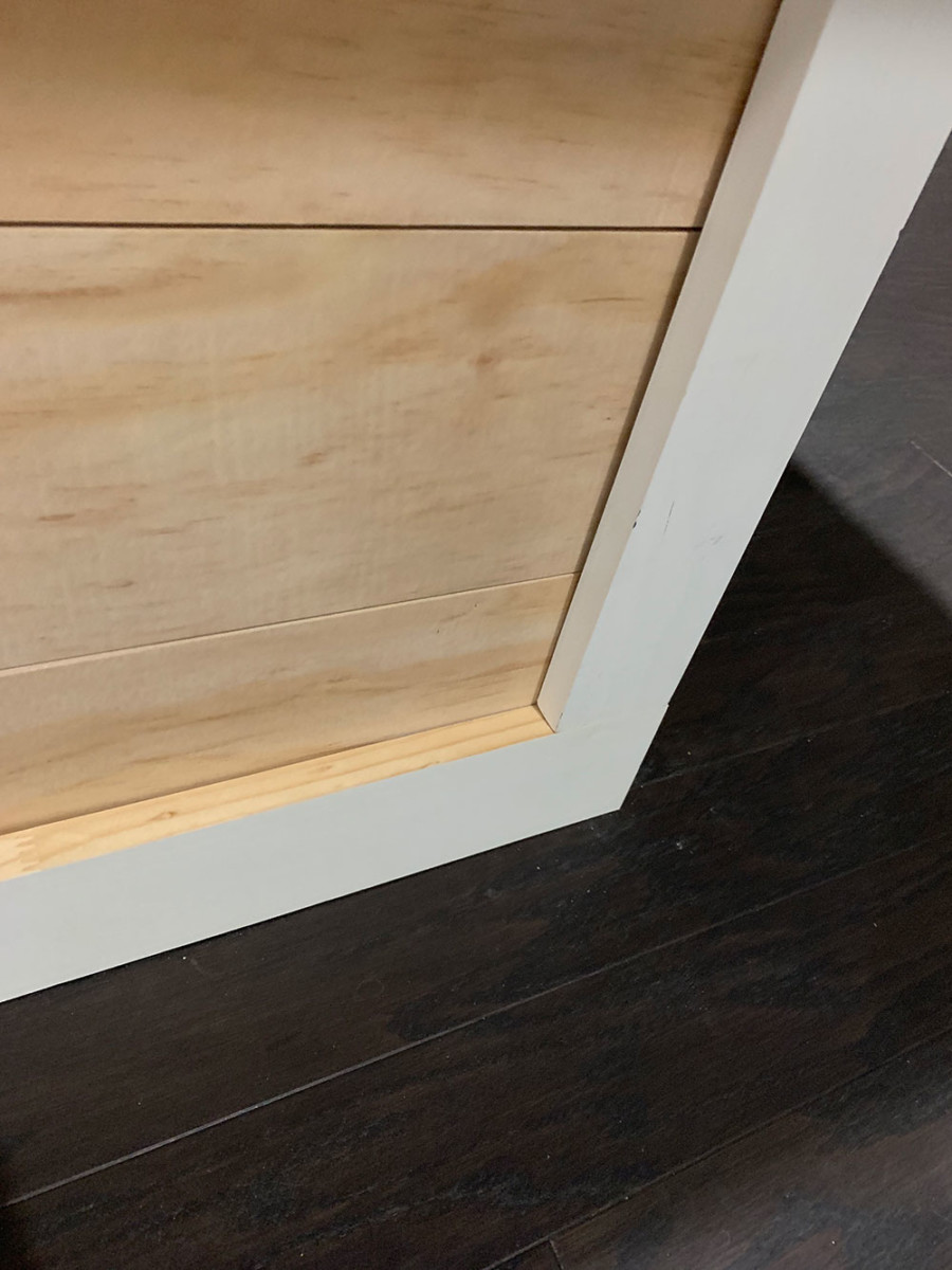 shiplap trim detail